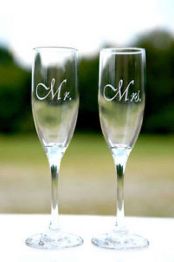 Mr & Mrs Champagne Flutes - Perfect For All Occasions